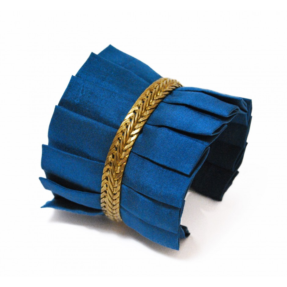 Hawaii peacock blue cuff bracelet