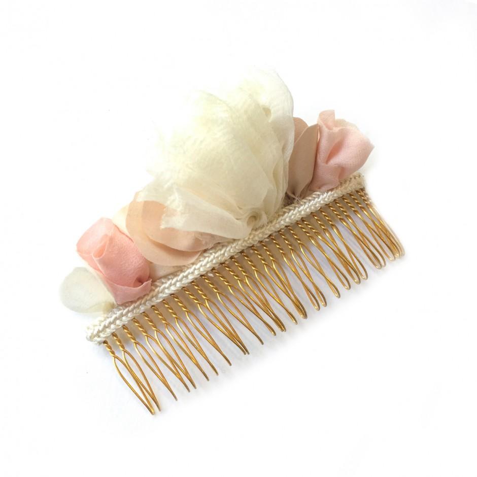 Manuela white comb