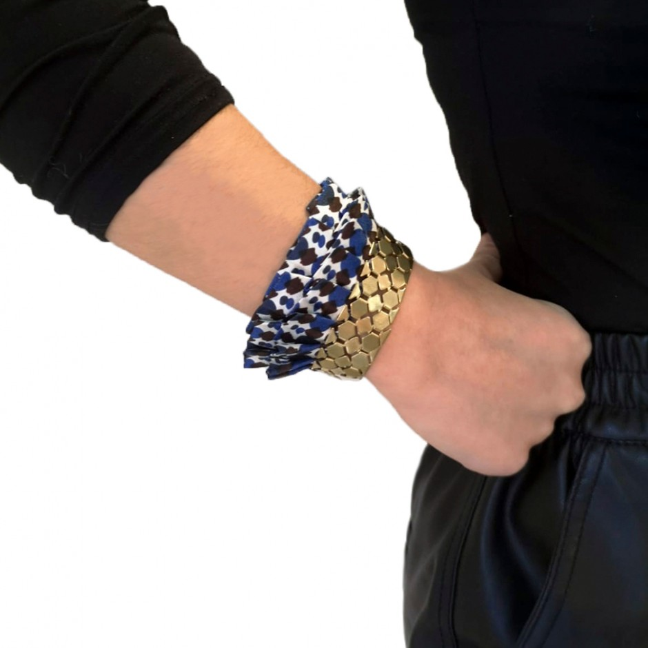 Hula all over blue cuff bracelet