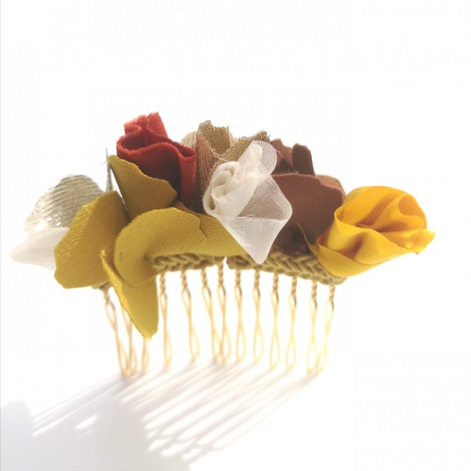 Brown comb S Manuela