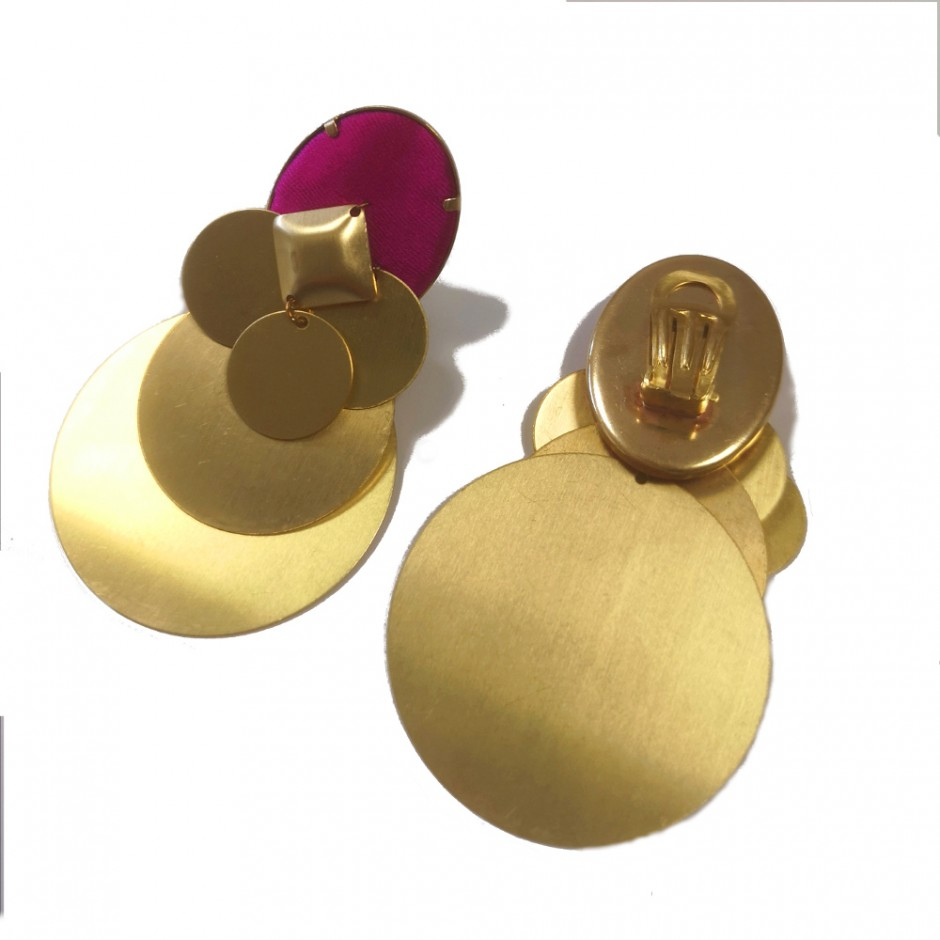Fuchsia clip earrings Beatriz