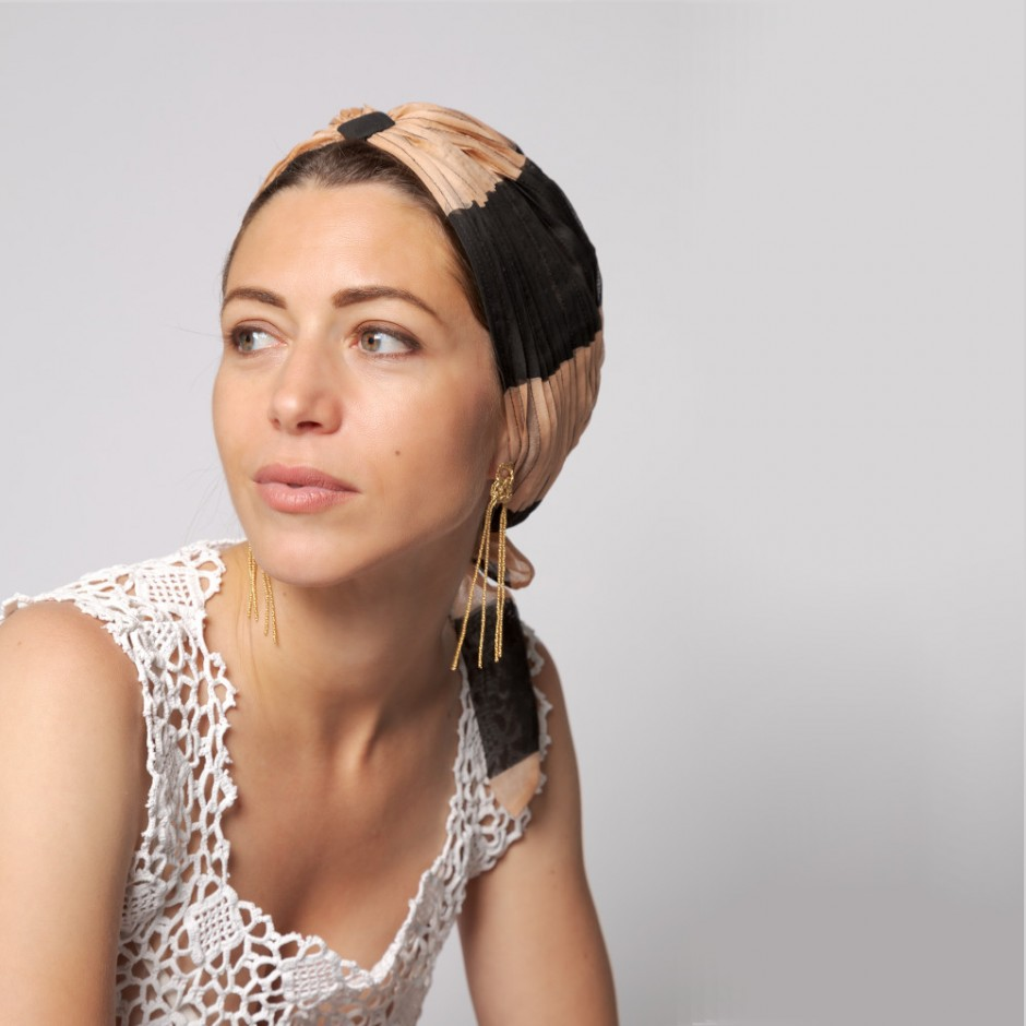 Mousseline all over brown, blue and white turban